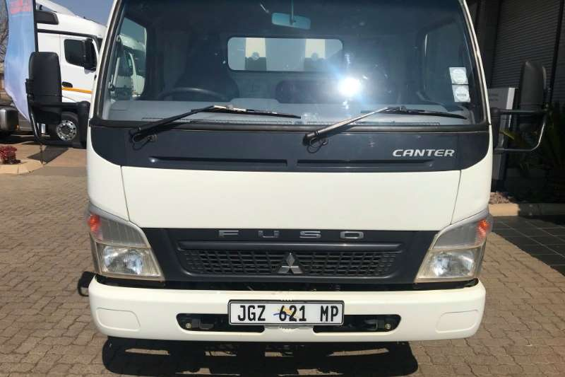 Fuso Dropside FE7 136 Truck