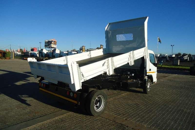 Truck Fuso Tipper CANTER 3TON FE 7.136 3CUB TIPPER DROPSIDE 2012