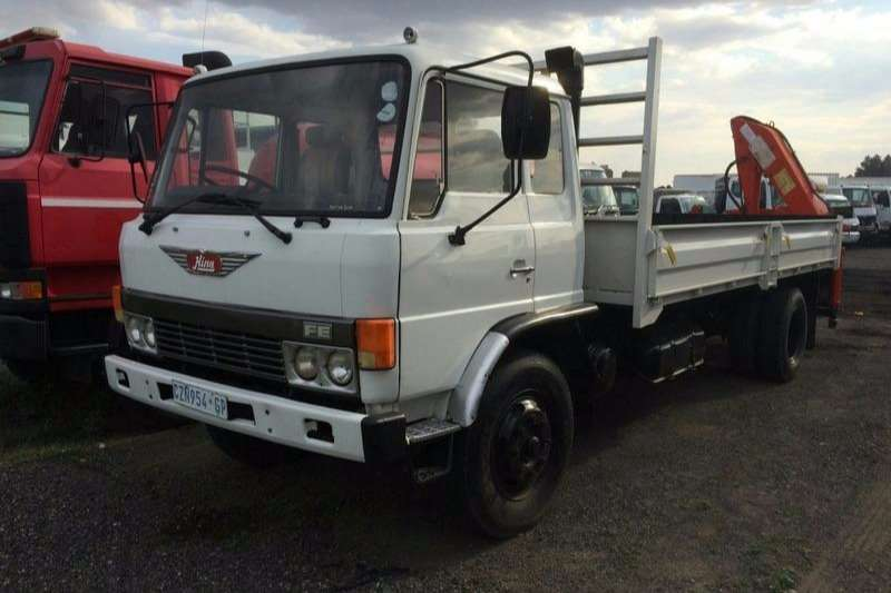 Truck Hino Dropside FE12-136 WITH CRANE 1988