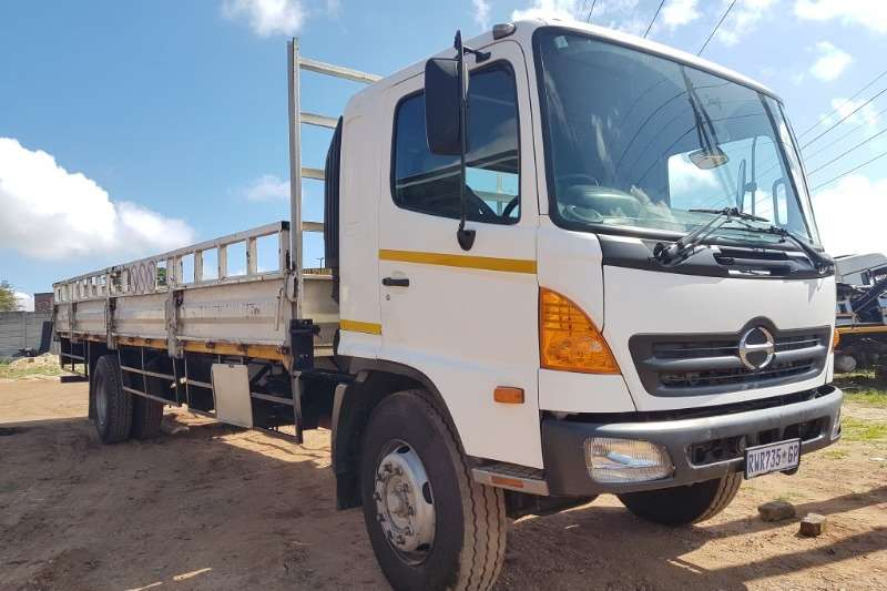 Truck Hino Dropside Hino 15-257 2004