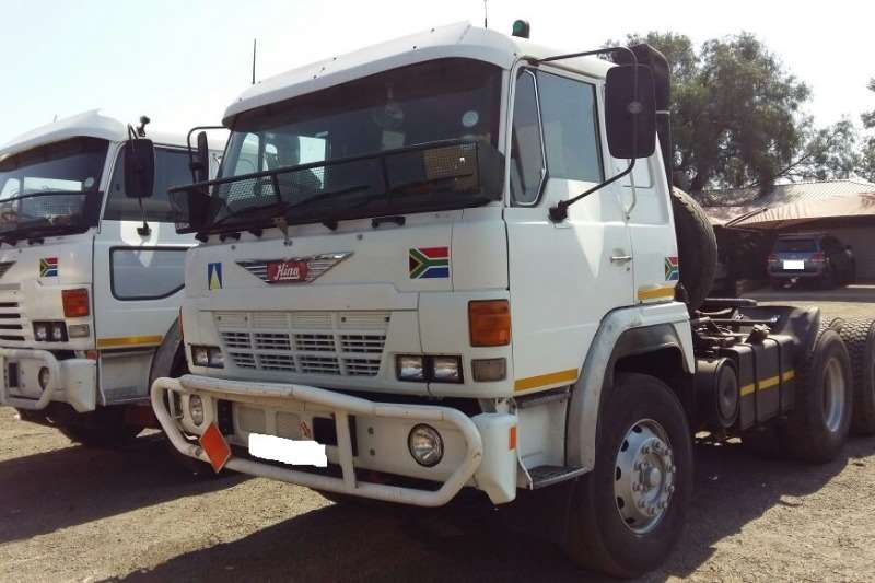 Truck Hino Used Hino Super Dolfen Available 0
