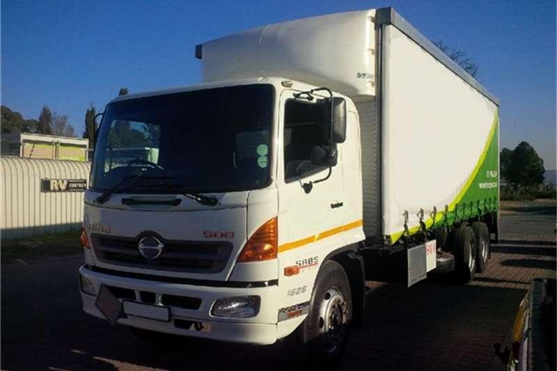 Truck Hino Van body 1626 T/Liner Tag Axle 2013