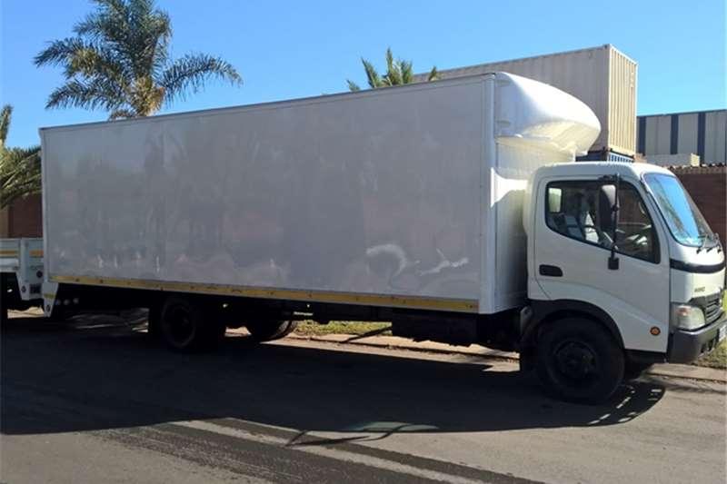 Hino Volume body 815 LWB Truck