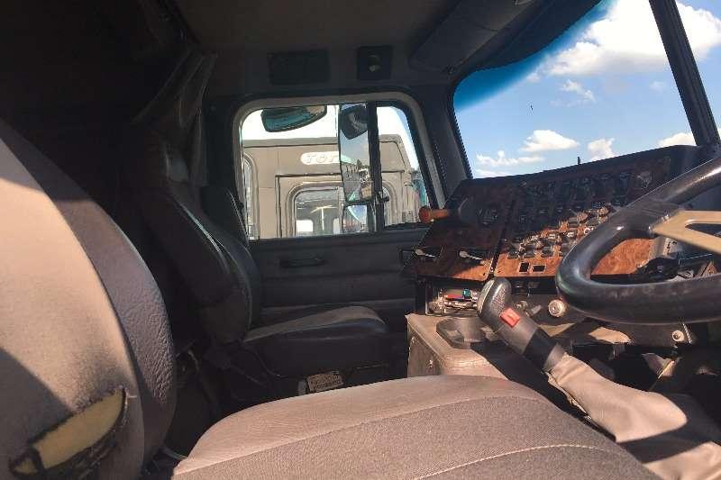 International Other International 9800 Truck