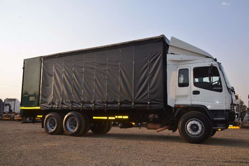 Truck Isuzu Curtain Side FVZ 1400 2007