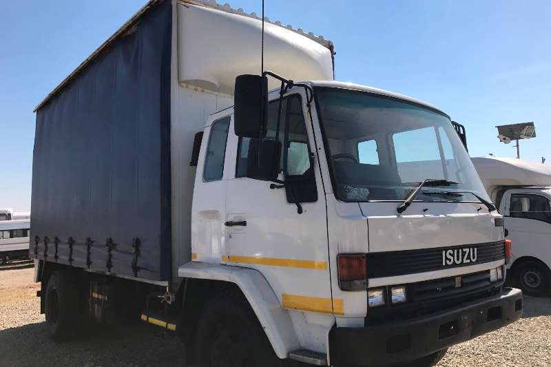 Truck Isuzu Curtain Side Isuzu F8000 Curtain sides 1990
