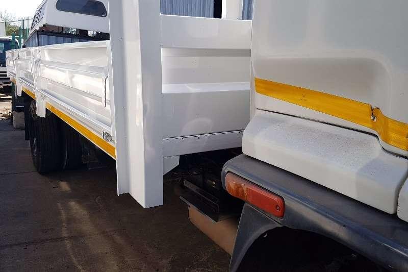 Isuzu Dropside FVR900 Truck