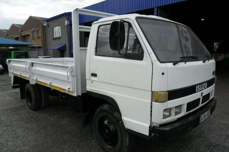 Isuzu Dropside N3500 Truck