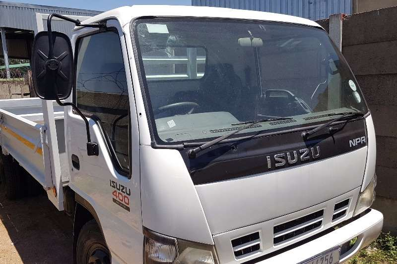 Truck Isuzu Dropside NPR400 2006