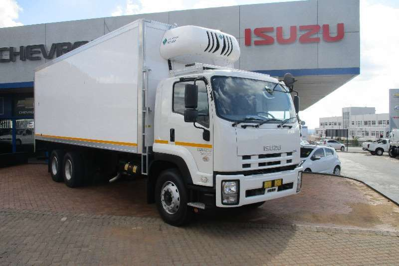 2018 isuzu fvz 1400 manual meat hanger demo fridge truck truck rh truckandtrailer co za Isuzu FVZ 1400 2013 Isuzu Pickup