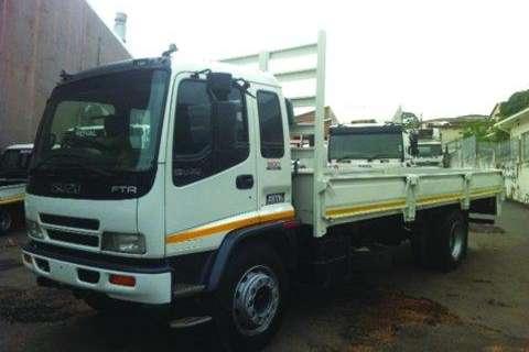 Truck Isuzu FTR800- 2009