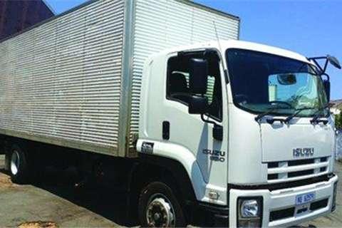 Isuzu FTR850 Pantech Body- Truck