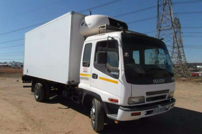 Truck Isuzu Insulated Fridge unit FRR 500 Refridgerated Truck With Fransfrig MT300 C 2005