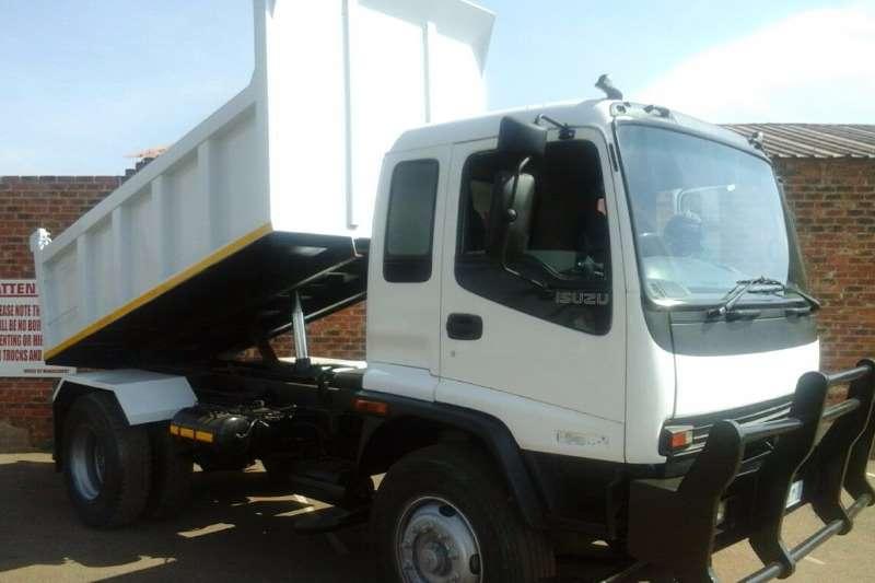 Truck Isuzu Tipper 6 CUBE TIPPER FOR SALE 2002