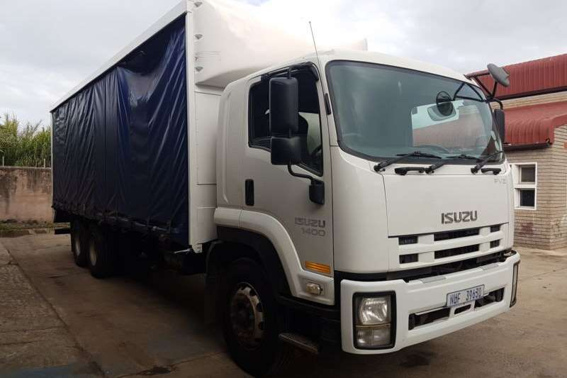 Truck Isuzu Van body FVZ1400 ISUZU 6x4 RIGID WITH CURTAIN SIDES 2010