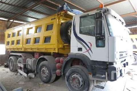 Truck Iveco EUROTRAKKER 420  1999