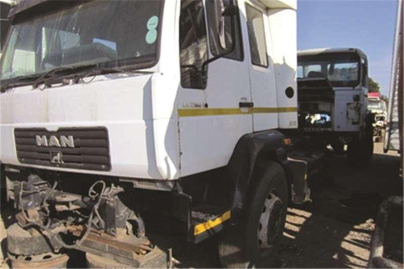 MAN LE 280 Truck