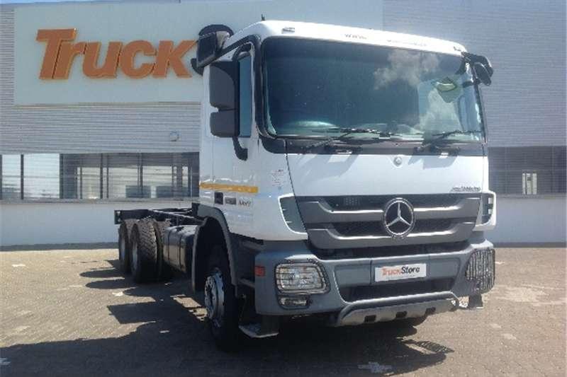 Truck Mercedes Benz 3350/45  2010