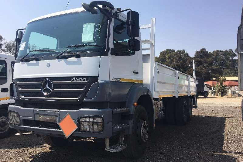 Truck Mercedes Benz Dropside Axor 2628 with 700mm High Dropsides and Tail Lift 2006