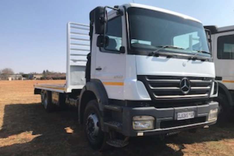 Truck Mercedes Benz Flat Deck Axor 2528 MP2 2006