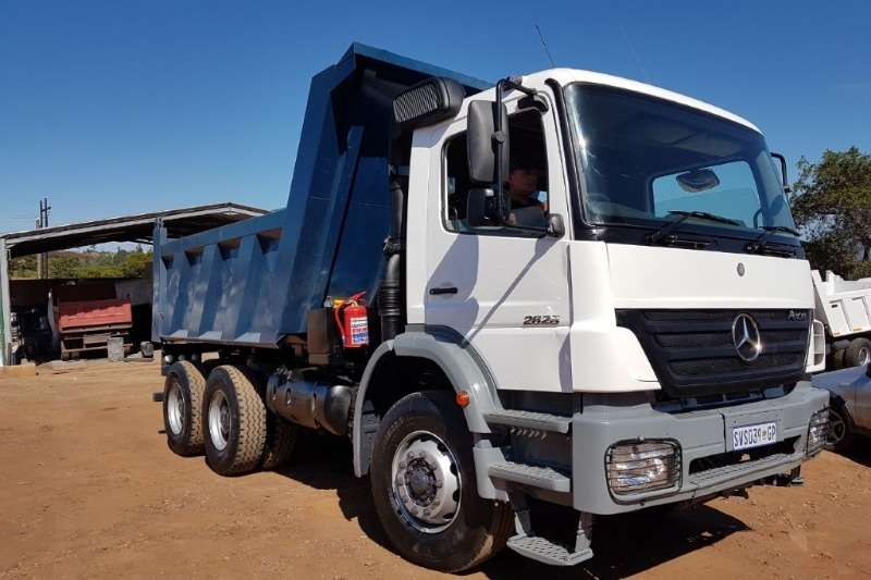 Truck Mercedes Benz Tipper Mercedes 26-28 Axor 2005