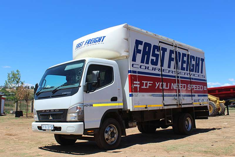 Truck Mitsubishi Volume Body MITSUBISHI FUSO CANTER FE7-136 3.5 VOLUME BODY 0
