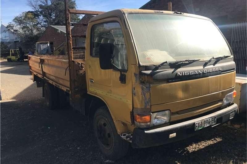 Nissan 4 TON DROPSIDE TRUCK Truck
