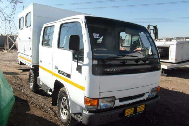 Truck Nissan Cabstar 20 With Canopy 2008