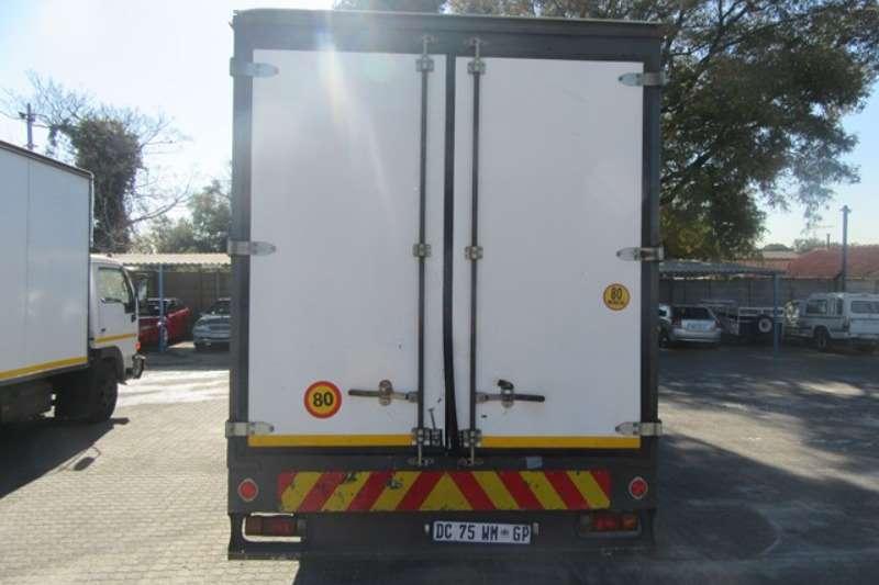 Nissan Closed body Nissan UD 40L Closed Truck Body Truck Truck