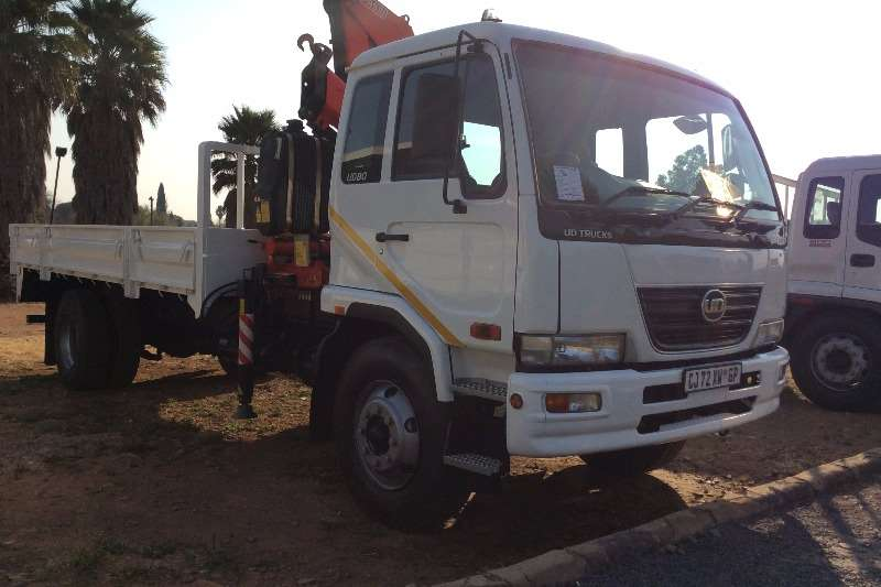 Truck Nissan Crane Truck UD80 Turbo Dropsides with 11T Fassi Crane 2013