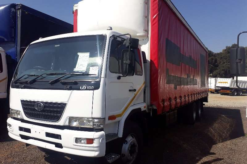 Truck Nissan Curtain Side UD100 Curtain Side 2008