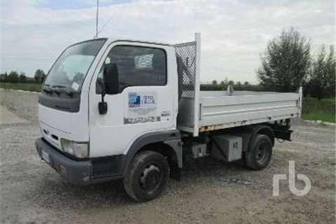 Truck Nissan E120  2001