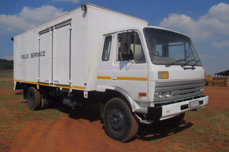 Truck Nissan Other NISSAN CW45 SERVICE TRUCK 0