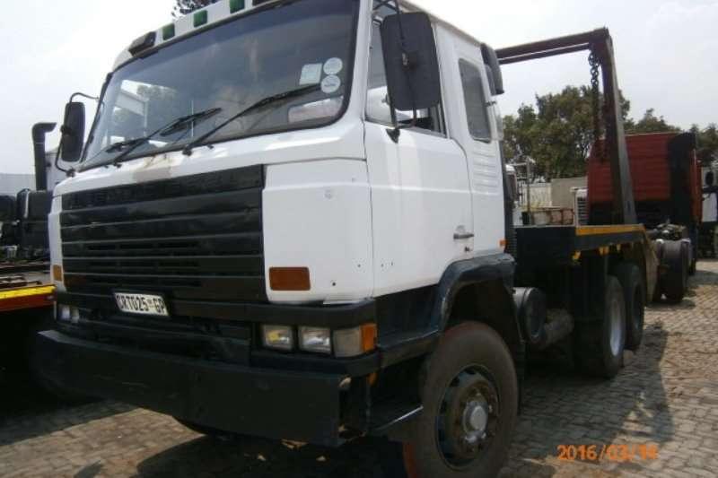 Nissan Skip bin loader CW46 Truck