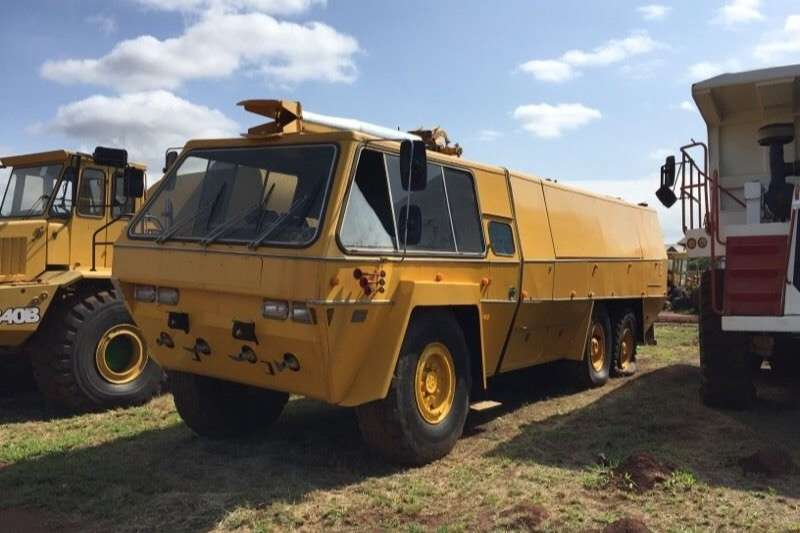 Truck Other Other CHUBB PATH FINDER Airport FIRE TRUCK, price drop 1999