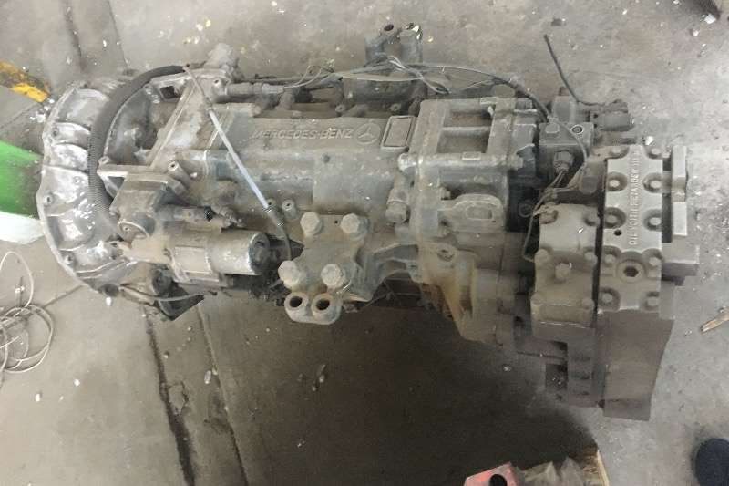 Truck Other Other Mercedes G240 Gearbox 0