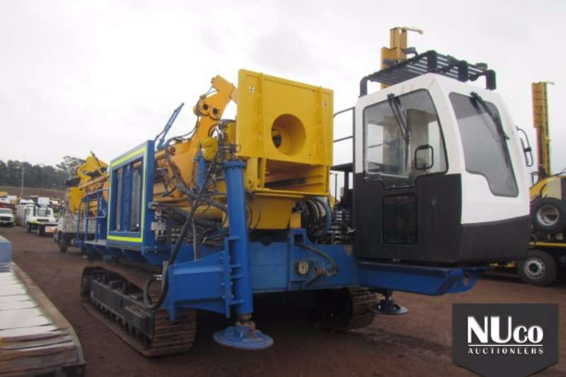 Truck Other RHINO DTH CRAWLER BLAST DRILL RIG 2013