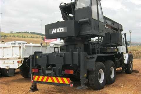 Samil Other Samil 100 MKG Crane Truck