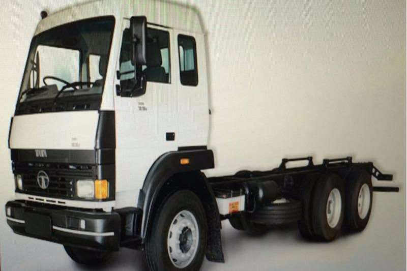 Truck Tata Chassis Cab LPT 1918 , 10 Ton , Freight Carrier , New 2017