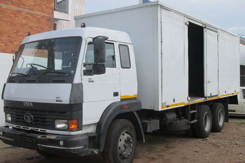 Truck Tata Closed Body 1918c 2009
