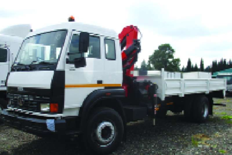 Truck Tata Dropside 1518C with PK8500 Palfinger Crane 2008