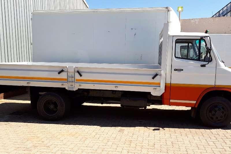 Tata Dropside SFC 407 DROPSIDE 2T Truck