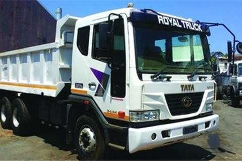 Truck Tata Novus 3434 10m³ Tipper- 2016