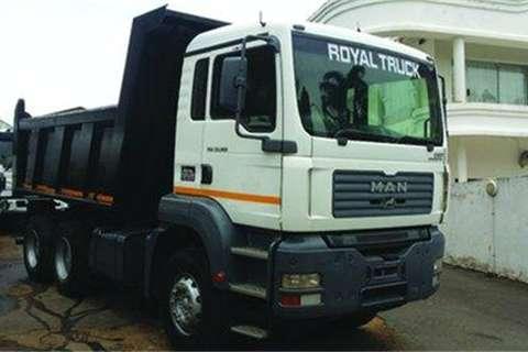 Truck Tata TGA 33.360- 2008
