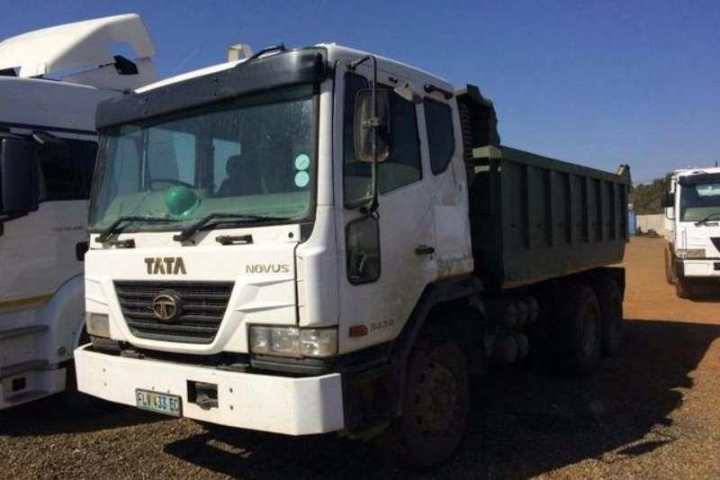 Truck Tata Tipper Novus 2007