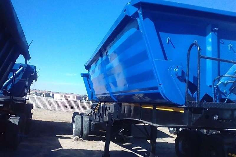 Truck-Tractor 34 TON SIDE TIPPER TRAILER FOR SALE 2007