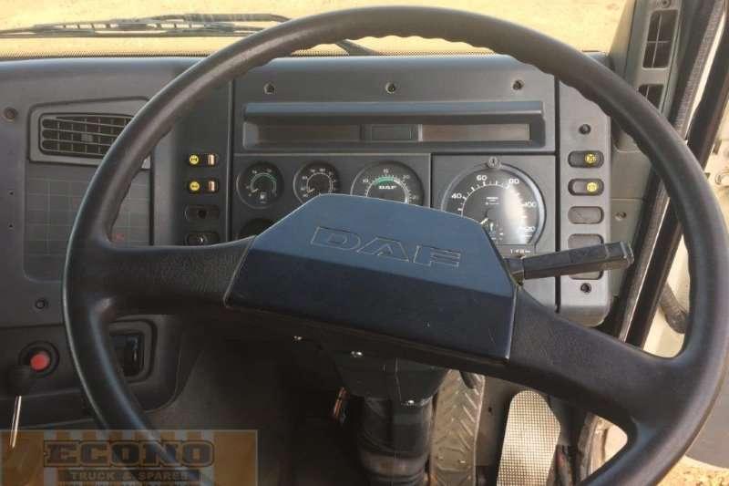 DAF  double axle DAF 85.360 ADi Truck-Tractor