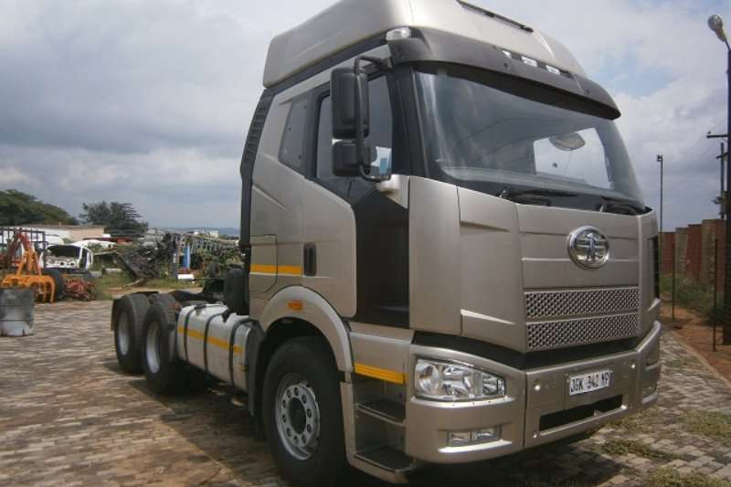 Truck-Tractor FAW  Double Axle 28-420 FT 2014
