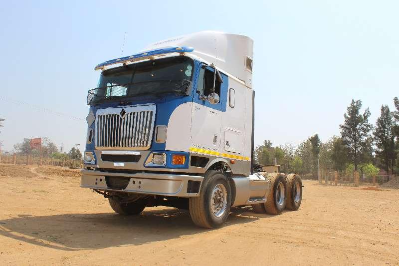 Truck-Tractor International International 7600 0