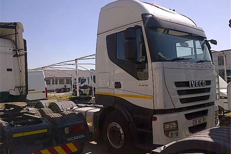 Truck-Tractor Iveco  Double Axle  AS750S48TZP  2013